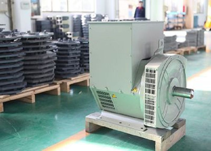 Brushless Three Phase Synchronous Generator 56kw / 70kva 1800rpm 2 / 3 Pitch